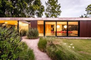 Linear House | Roberto Benito