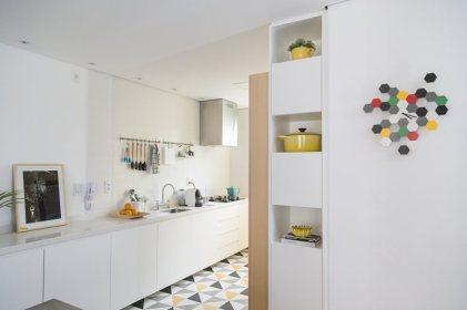 Renata Ramos, Humaita Apartment 12